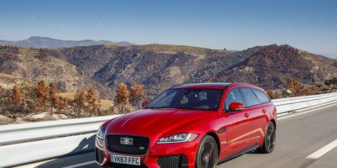 Land vehicle, Vehicle, Car, Luxury vehicle, Automotive design, Motor vehicle, Mid-size car, Performance car, Wheel, Jaguar,