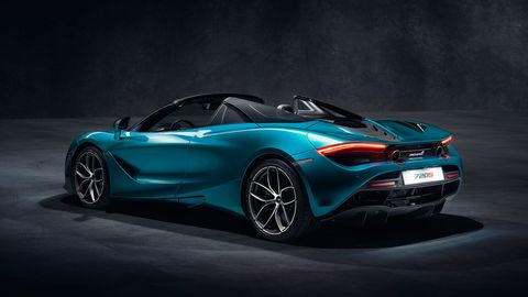 The 2019 McLaren 720S Spider doesn't lose any stiffness without the top, and only weighs a few pounds more than the coupe.