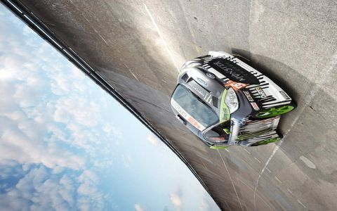 Mode of transport, Automotive design, Automotive exterior, Motorsport, Touring car racing, Rallying, Car, Rallycross, Automotive parking light, Performance car,