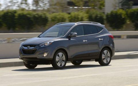 Options on the 2014 Hyundai Tucson include panoramic sunroof, navigation, dual-zone climate control and a premium audio system.