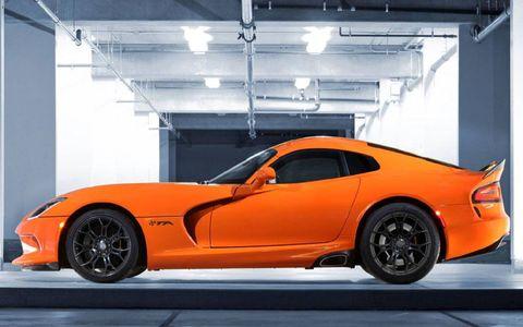 Tire, Wheel, Automotive design, Vehicle, Rim, Performance car, Alloy wheel, Automotive tire, Spoke, Car,