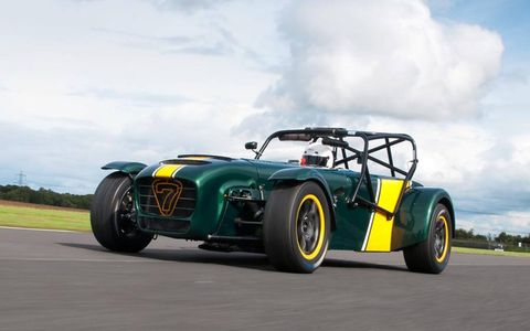 The Caterham Superlight R600 on track before its debut.