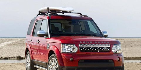 Base price for the 2013 Land Rover LR4 HSE bottoms out at $49,950.
