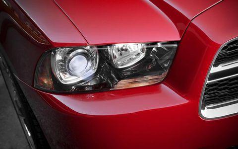 Automotive design, Automotive lighting, Vehicle, Headlamp, Grille, Hood, Car, Automotive exterior, Bumper, Fender,