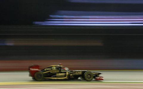 2012 Singapore Grand Prix: Kimi Raikkonen, Lotus E20 Renault.