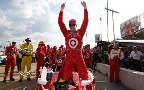 Scott Dixon won the first race of the two-day IndyCar doubleheader at Houston on Saturday.