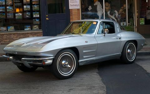 The 1963 Chevrolet Corvette of Mark Lagomarsino.