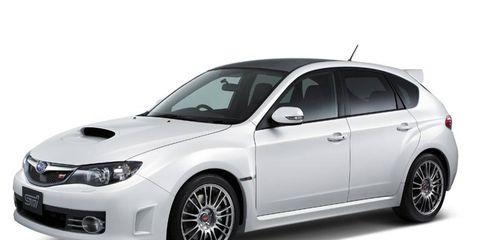 Tire, Wheel, Automotive tire, Product, Automotive design, Alloy wheel, Rim, Automotive wheel system, Car, Spoke,