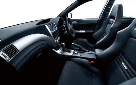 Motor vehicle, Steering part, Automotive design, Steering wheel, Vehicle, Car, Automotive mirror, Center console, Vehicle door, Luxury vehicle,