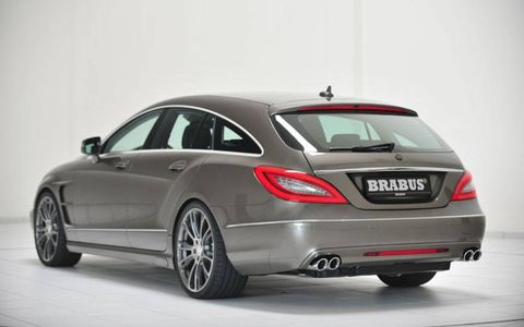 Automotive design, Vehicle, Car, Automotive tire, Rim, Alloy wheel, Mercedes-benz, Luxury vehicle, Bumper, Grey,