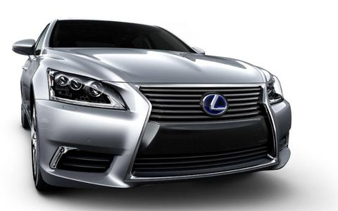 The 2014 Lexus LS 600H sports a 5.0-liter V8 engine with 438 horsepower.