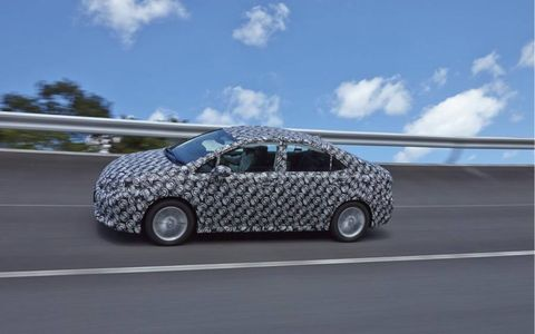The Toyota FCV (Fuel Cell Vehicle) rides on an old Lexus HS 200 platform.