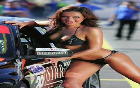 The Best Grid Girl With Car 2008