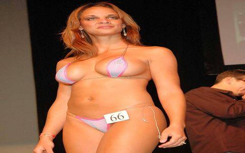 Brassiere, Joint, Chest, Swimsuit top, Swimwear, Undergarment, Abdomen, Stomach, Trunk, Navel,