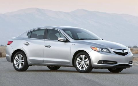Buyers can get into a 2014 Acura ILX Hybrid starting at $29,795 including destination.