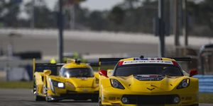 The defending GTLM co-champion led the 15-minute session with a best lap of 1:42.651 (124.844 mph) in the No. 3 Corvette Racing Chevrolet Corvette C7.R.