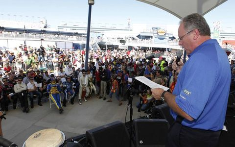 IndyCar president of race operations Brian Barnhart speaks during the public drivers meeting before the start of the race on Oct. 16. Photo by: Michael L. Levitt/LAT Photographic