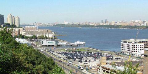Metropolitan area, Neighbourhood, City, Urban area, Residential area, Tree, Condominium, Waterway, Building, Metropolis,