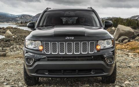 The 2014 Jeep Compass Latitude hits the road with a new six-speed PowerTech automatic transmission.