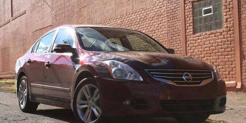 Driver's Log Gallery: 2010 Nissan Altima 3.5SR