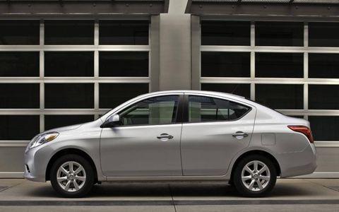 2012 Nissan Versa SL Sedan