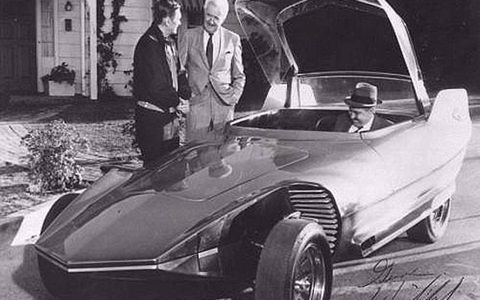 Darrin Stevens shows off this beauty to his boss, Larry Tate, in the TV sitcom Bewitched. The series ran from 1964-72. This car, known as the Reactor Mach II, was featured in a 1967 episode. the car later appeared in episodes of Batman and even an episode of Star Trek.