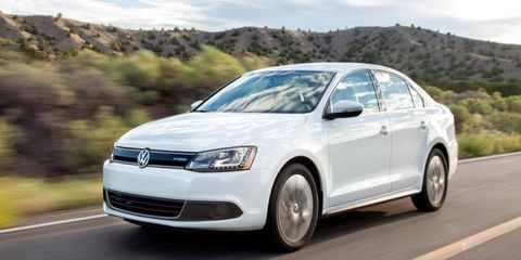 Volkswagen will offer U.S. customers a $2,000 incentive toward the purchase or lease of a new gasoline or hybrid VW.