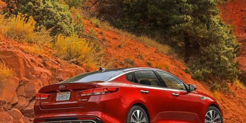 Photos from our first drive of the 2016 Kia Optima sedan, including SX and SX-L models featuring a 2-liter turbocharged engine and six-speed automatic transmission.