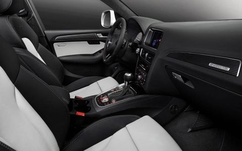 The interior of the 2014 Audi SQ5 continues Audi's tradition of luxury.