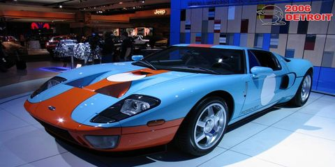 Tire, Automotive design, Vehicle, Headlamp, Car, Performance car, Fender, Automotive lighting, Sports car, Supercar,