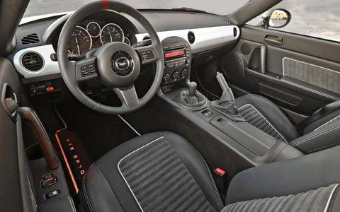 The interior of the Mazda MX-5 Spyder.
