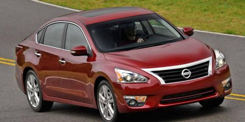 The 2013 Nissan Altima 2.5 SL Sedan takes another step closer to the automaker's flagship Maxima.
