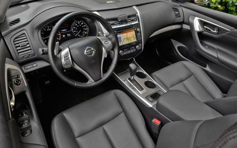 Reviewers enjoyed the well-executed seating position on the 2013 Nissan Altima 2.5 SL Sedan. Interior touches lent the vehicle an upscale feel.