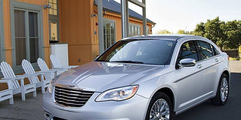 The 2011 Chrysler 200 makes 283 hp at 6,400 rpm.