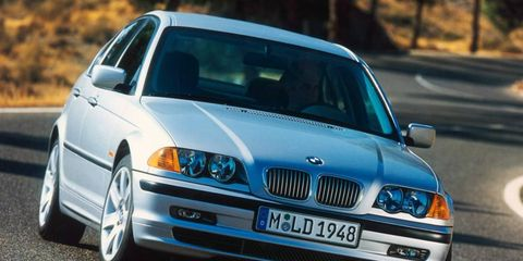 A rear light defect has prompted a recall of the BMW 3-series.