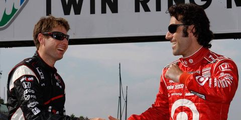 The IndyCar title is down to a battle between Will Power and Dario Franchitti.