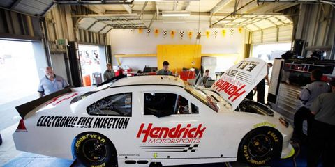 Kasey Kahne will test a Hendrick car later this month.