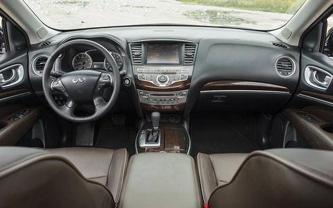 Adding the Premium Infiniti Connection package offers up an eight-inch VGA color touch-screen display.