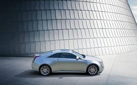 Tire, Wheel, Automotive design, Vehicle, Alloy wheel, Rim, Car, Automotive tire, Fender, Automotive lighting,