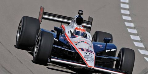 IndyCar driver Will Power has canceled plans to drive in a V8 Supercars race in Australia.