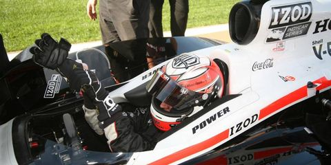IndyCar driver Will Power has been diagnosed with a fracture in his back, sustained in a crash at Las Vegas.
