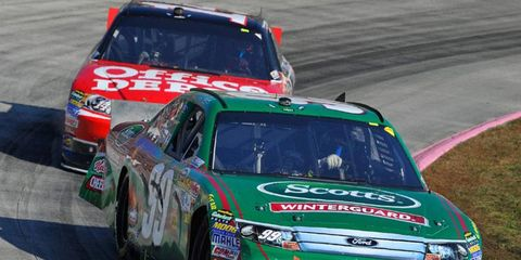 Carl Edwards and Tony Stewart are battling to win the NASCAR Sprint Cup championship with three races left in the season.