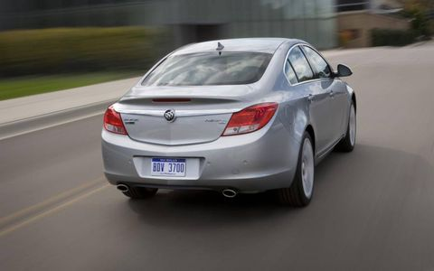 Mode of transport, Automotive design, Vehicle, Road, Infrastructure, Automotive lighting, Car, White, Vehicle registration plate, Road surface,