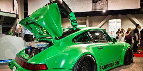 Tire, Vehicle, Alloy wheel, Automotive design, Rim, Performance car, Car, Sports car, Fender, Spoke,