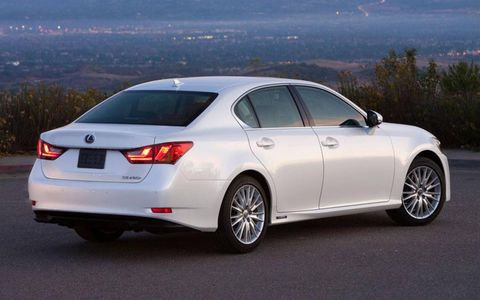 The 2013 Lexus GS 450h is a significant improvement over its predecessor. The smoother powertrain stood out in particular.