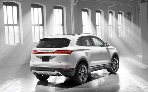 The 2015 Lincoln MKC looks better than its slightly exaggerated concept counterpart first seen at the 2013 Detroit auto show.