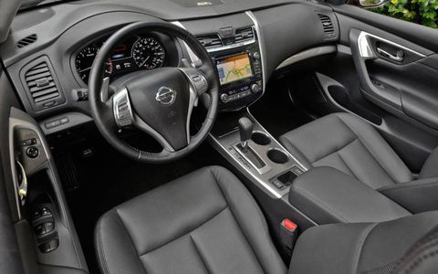 The new Nissan Altima gets a sumptuous interior with outstanding seats.