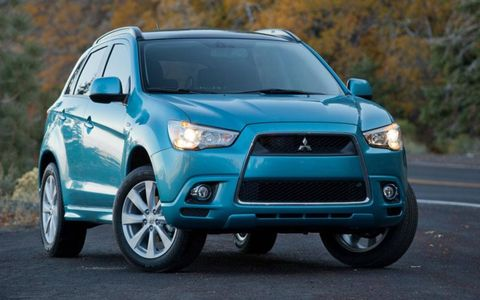 The 2012 Mitsubishi Outlander Sport SE is a sharp-looking crossover from all angles, but lacks the performance to back up its appearance.