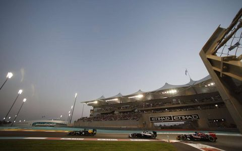 Yas Marina Circuit, Abu Dhabi: Heikki Kovalainen  leads Bruno Senna, Williams and Jean-Eric Vergne, Toro Rosso.
