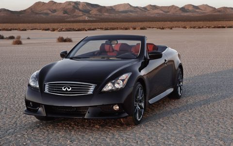 The 2013 Infiniti IPL G Convertible was unveiled at the Los Angeles Auto Show this week.
